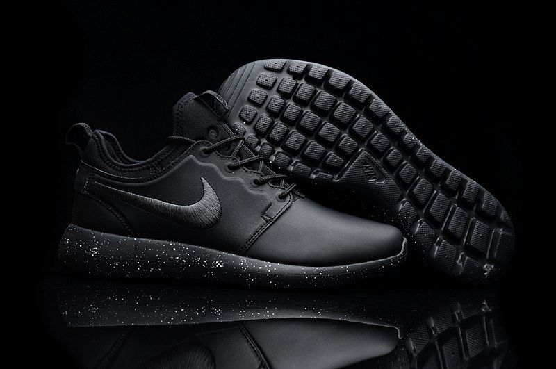 on sale fe0ee 0e8b4 Nike Roshe Run Two Leather Splash Ink Sole