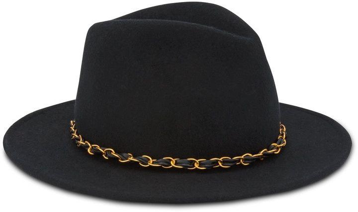 Poesy Hat