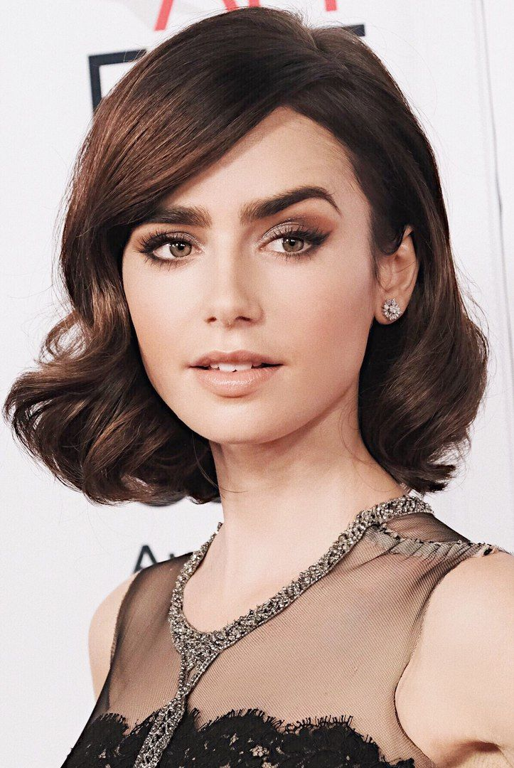 Lily Collins Thick Hair Styles Hair Styles Short Hair Styles