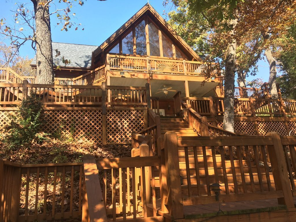Jay Marie Vacation Rentals Offers Best Cabin Rentals In Colorado With Comfortable Near Ski Areas The Dining Room Is Best Cabin Rentals In Colorado Vacat