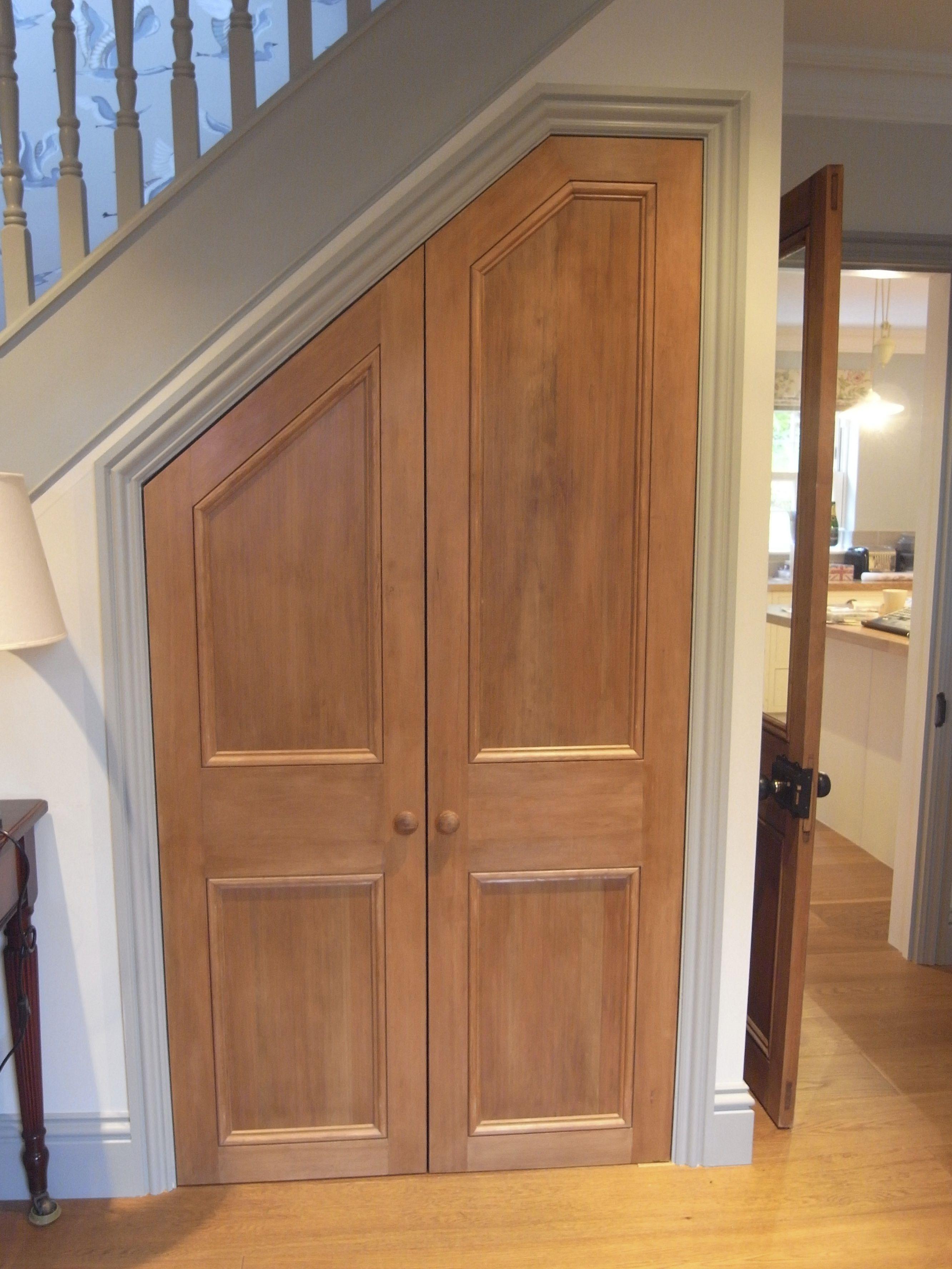 Douglas Fir Doors Under Stairs Cupboard Хранение под