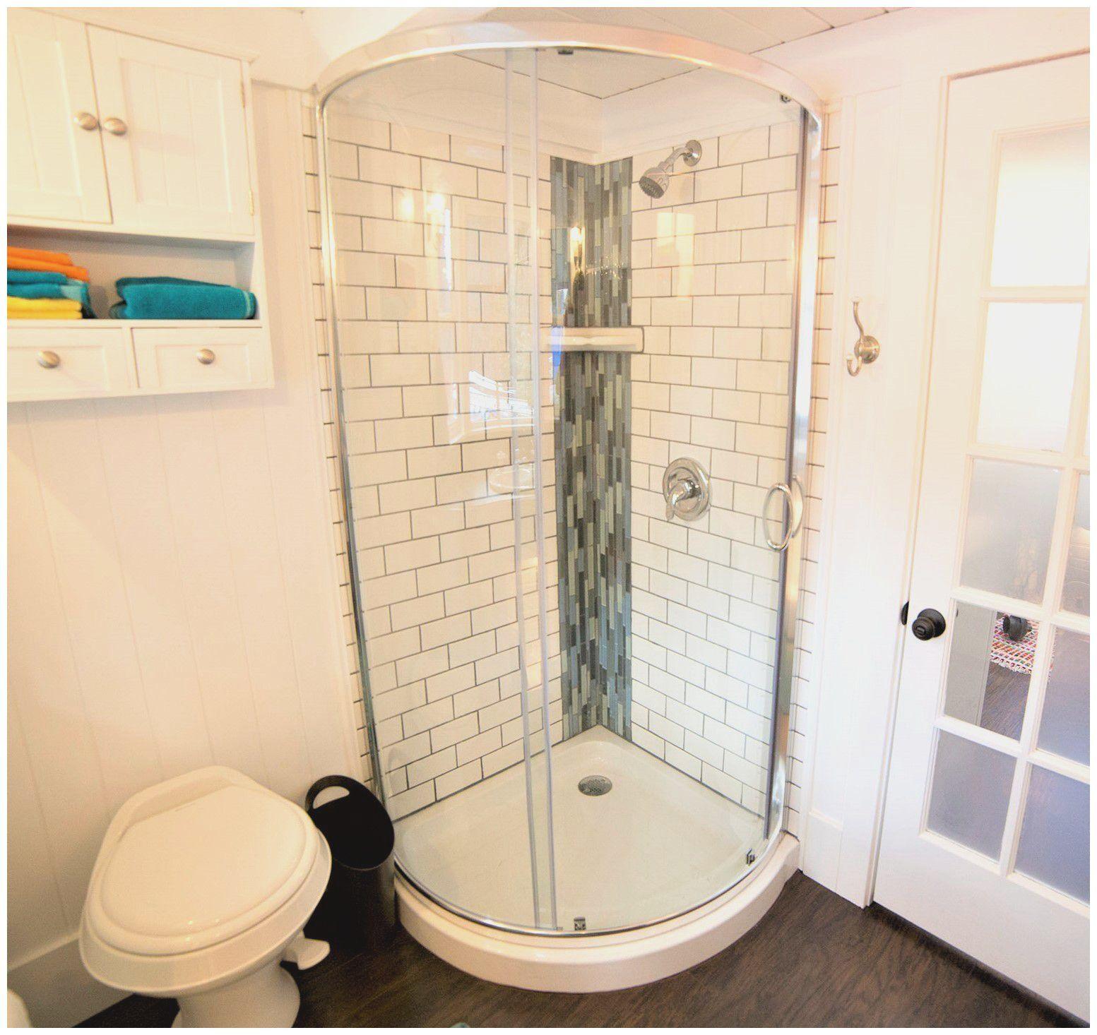 Small Bathroom Designs With Corner Shower Di 2020