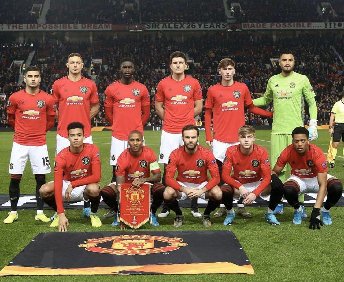 Login On Twitter Manchester United Team Manchester United Manchester United Line Up