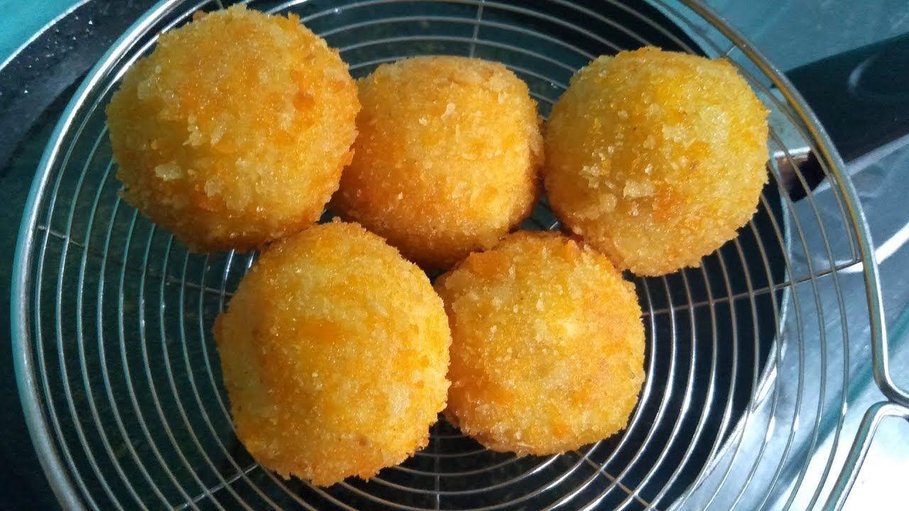 Cara Membuat Bola Pisang Coklat Crispy Resep Bola Piscok Lumer Resep Resep Makanan Resep Simpel