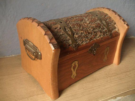 adirondak wood box handmade cedar chest by ShoponSherman on Etsy, $39.00