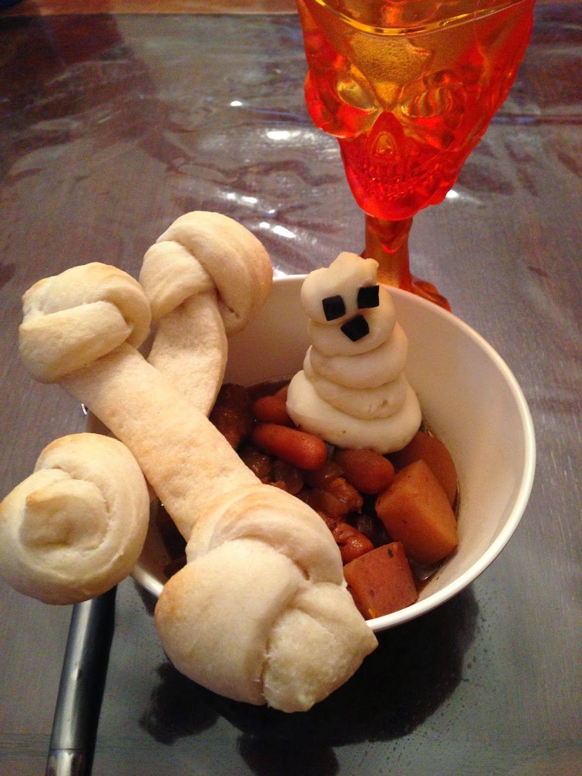 Spooky Stew & Bread Bones