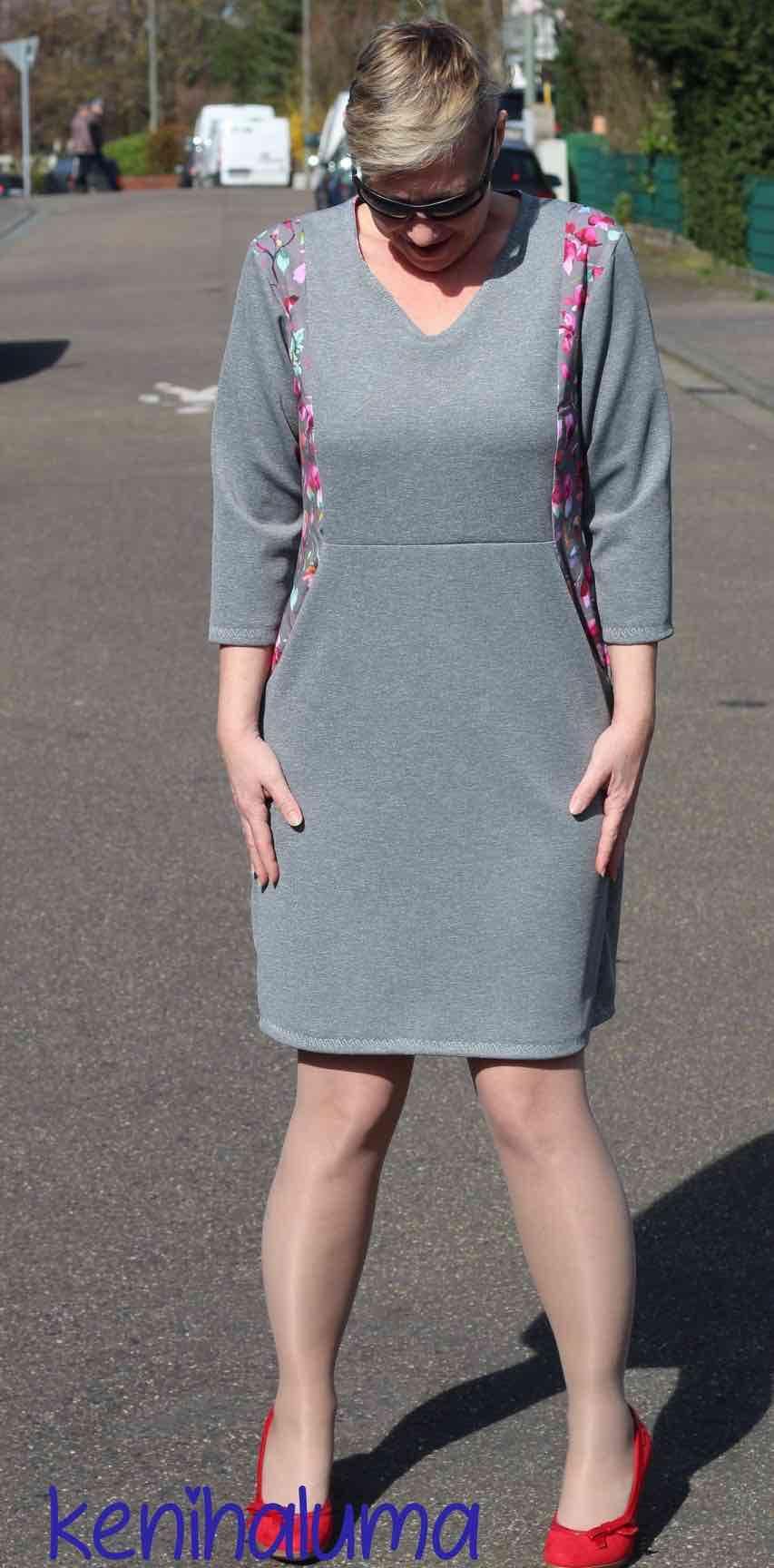 Figurwunder Kleid VICTORIA Größe 18 - 18 (XS - XXXXL) - Sara