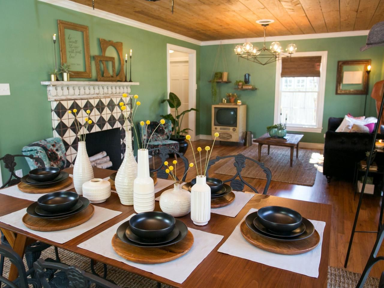Find The Best Of Fixer Upper From Hgtv Fixer Upper Dining Room Combo Dining Area Furniture