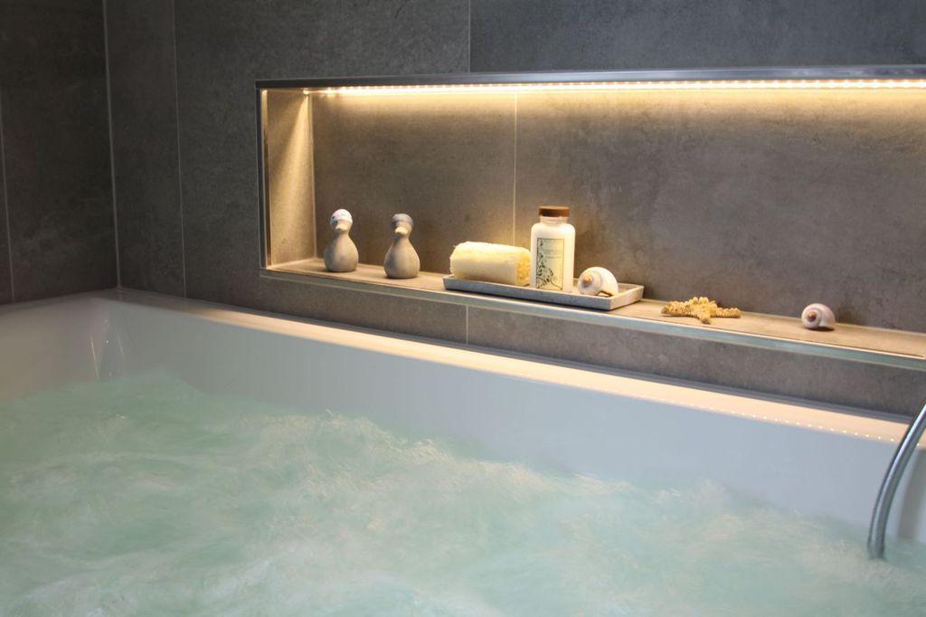 Ablagefach im Badezimmer oben Ferienhaus Pinterest - ferienhaus 4 badezimmer