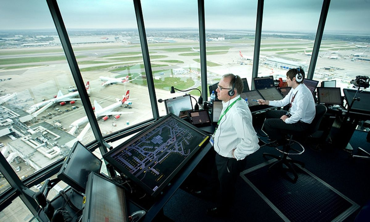 What are the UK's highest paid jobs of 2015? Air traffic