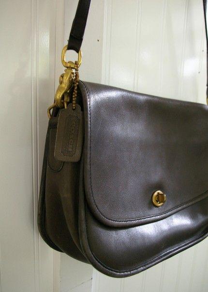 8ef12a590391 Vintage Coach Messenger Bag
