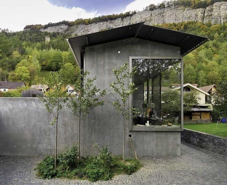 Peter Zumthor Architect S Studio Haldenstein Exterior