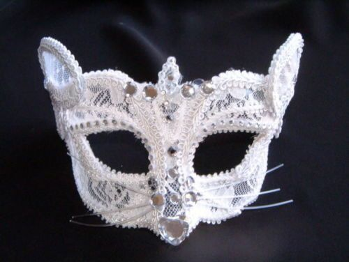 MASQUERADE-WHITE-LACE-JEWELED-MOUSE-MASK-WITH-JEWELS-GLASSES-FITTING-OR-RIBBON