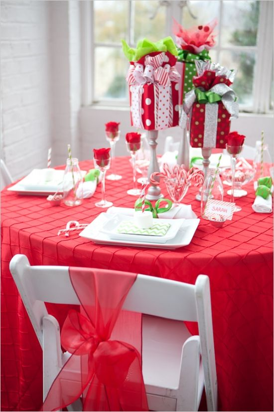 Holiday Table Decor Ideas On Any Budget Christmas Table Decorations Christmas Centerpieces Simple Christmas