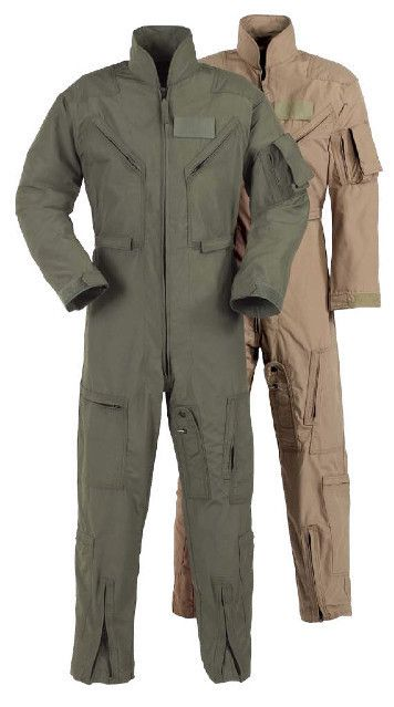It Keeps You Safe Without Weighing You Down The Propper Cwu 27 P Nomex Flight Suit Is Built To Military Specification F Flight Suits Flight Suit Mens Outfits
