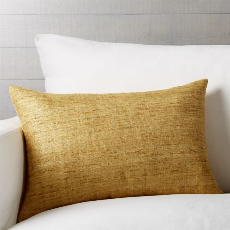 Throw Pillows Decorative And Accent Crate And Barrel Pillows Throw Pillows Plush Throw Pillows