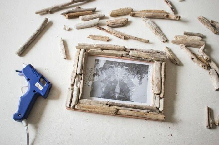 Basteln mit Treibholz: DIY Deko mit Erinnerungen an den Strandurlaub #bilderrahmenbasteln