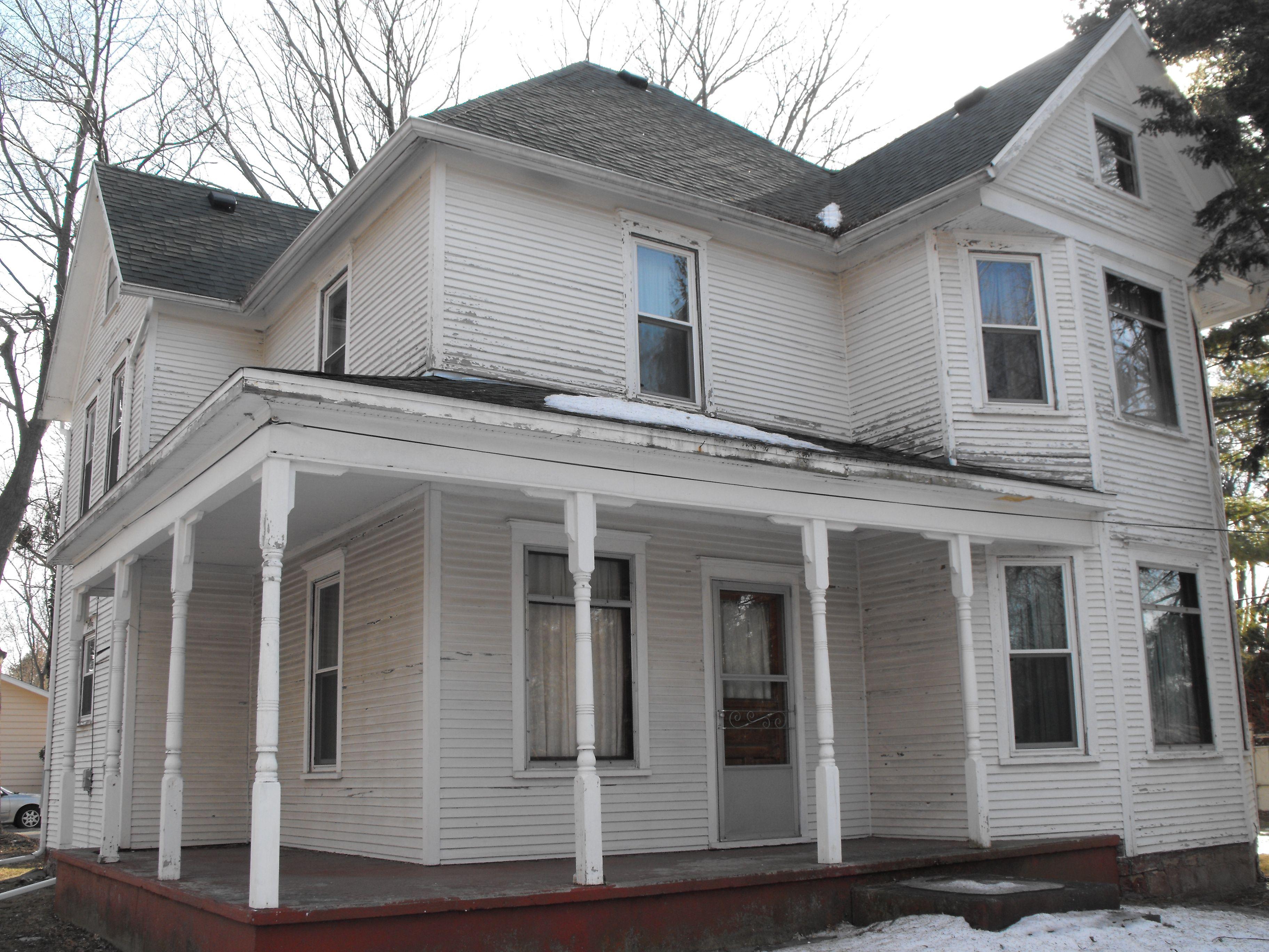 Madison Wisconsin Victorian Farmhouse