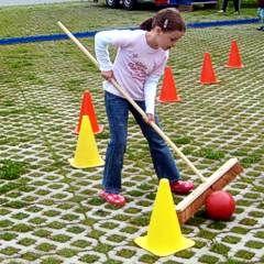 Gruppenspiele Mit Wasser Fur Den Garten Im Sommer Gruppenspiele Spiele Im Garten Outdoorspiele Kinder