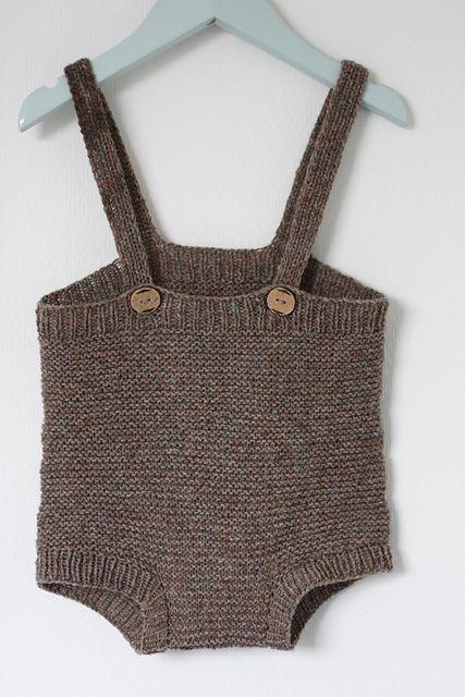Ravelry: Knittingluna's Baby suit