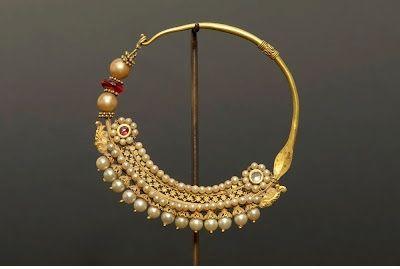 10 Traditional Gold Bengali Jewellery   Bollywood Fashion