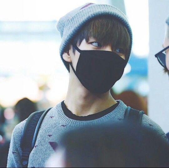 Black Fashion Surgical Mask In Stores Kim Taehyung Black Fashion Mask