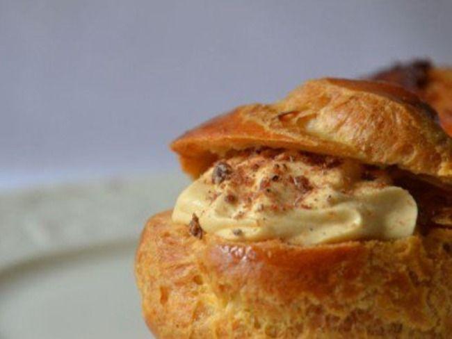 Choux, caramel au beurre salé comme une chantilly