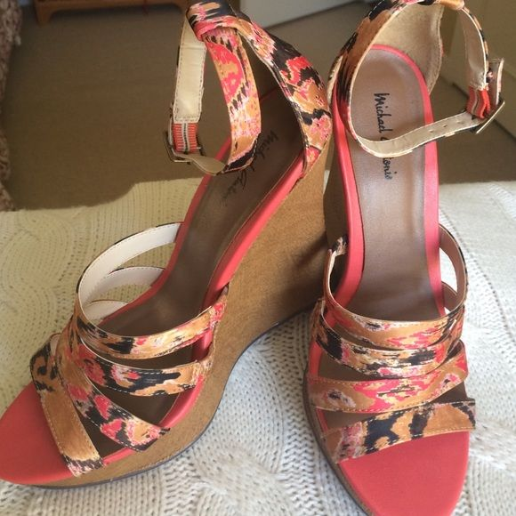 """LIKE NEW Ankle Strap Sandals! Gold, black and and salmon print Michael Antonio platform sandals. Cute fabric straps with brass toned buckle. 6"""" heel with 1"""" platform. Burlap look wrapped heel. Barely worn. Size 8.5. Michael Antonio Shoes Platforms"""
