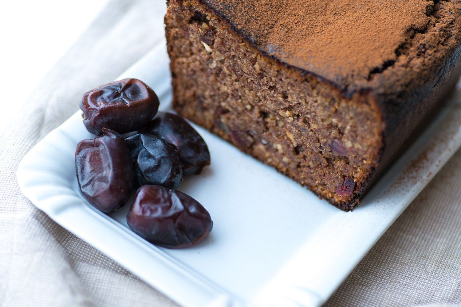 Paleo Date And Almond Bread Photography By Mondomulia