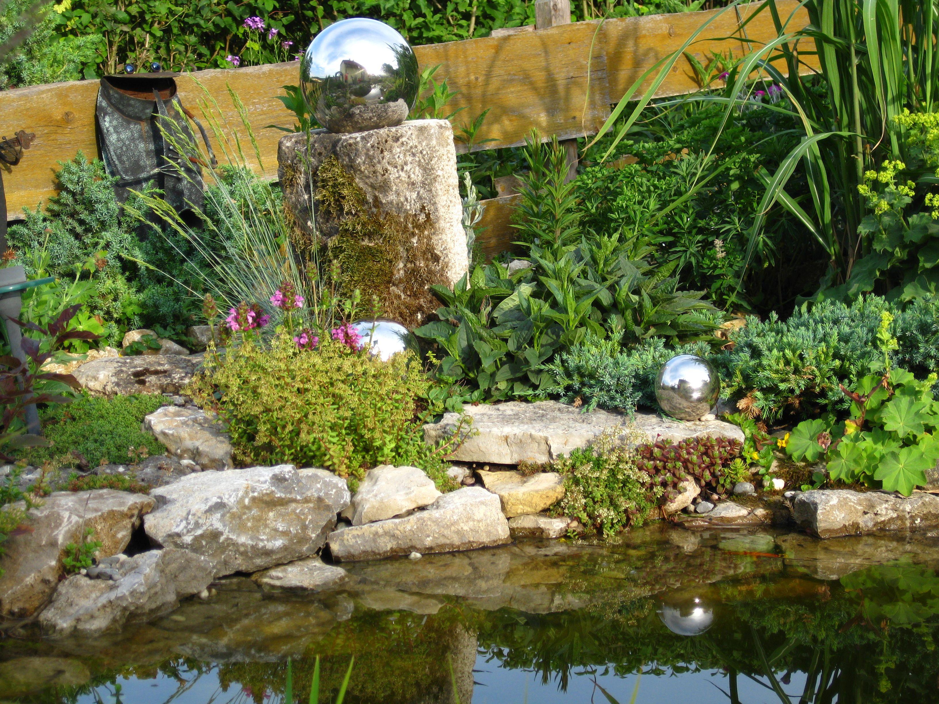 Randgestaltung Mit Natursteinen Gartenteich Teich Unsertraumingruen Gartenteich Teich Garten