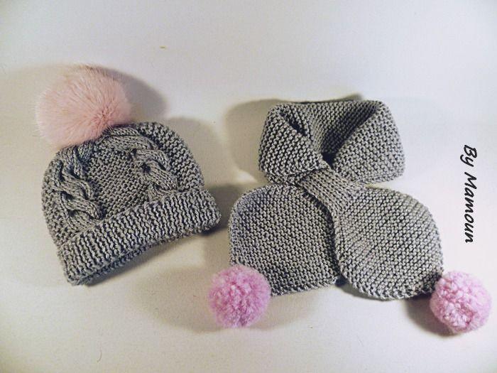 Bonnet et écharpe feuille (3-6mois) tricotés main en fil layette gris et  pompons roses   Mode Bébé par mamountricote ce4a35b3293