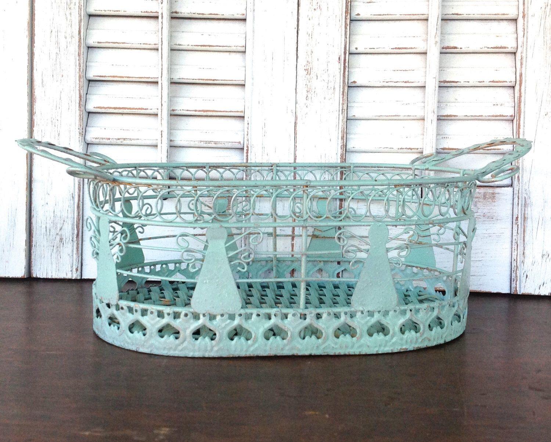 Small Angel Wire Basket - WIRE Center •