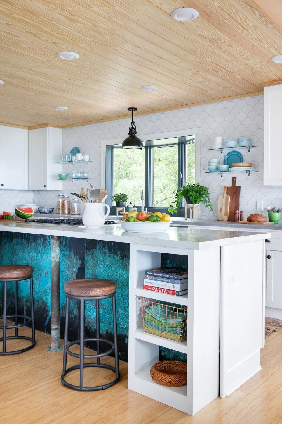 Inside The Diy Network S Blog Cabin Kitchen Kitchen Kuche