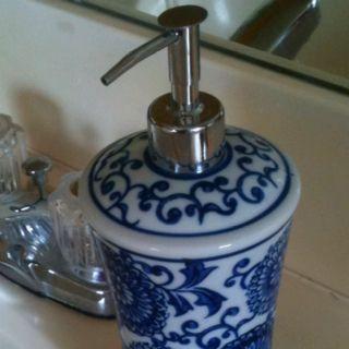 Blue Willow Soap Dispenser