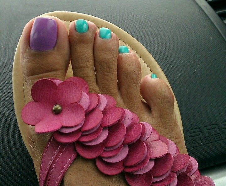 Fresh pedicure #pedi #happyfeet #sexy #FootFetish #purple #lavender #turquoise #Tiffany