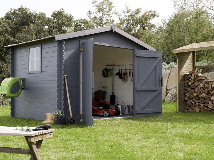 Un abri de jardin gris pour une touche de modernité    wwwm - construire un garage en bois m