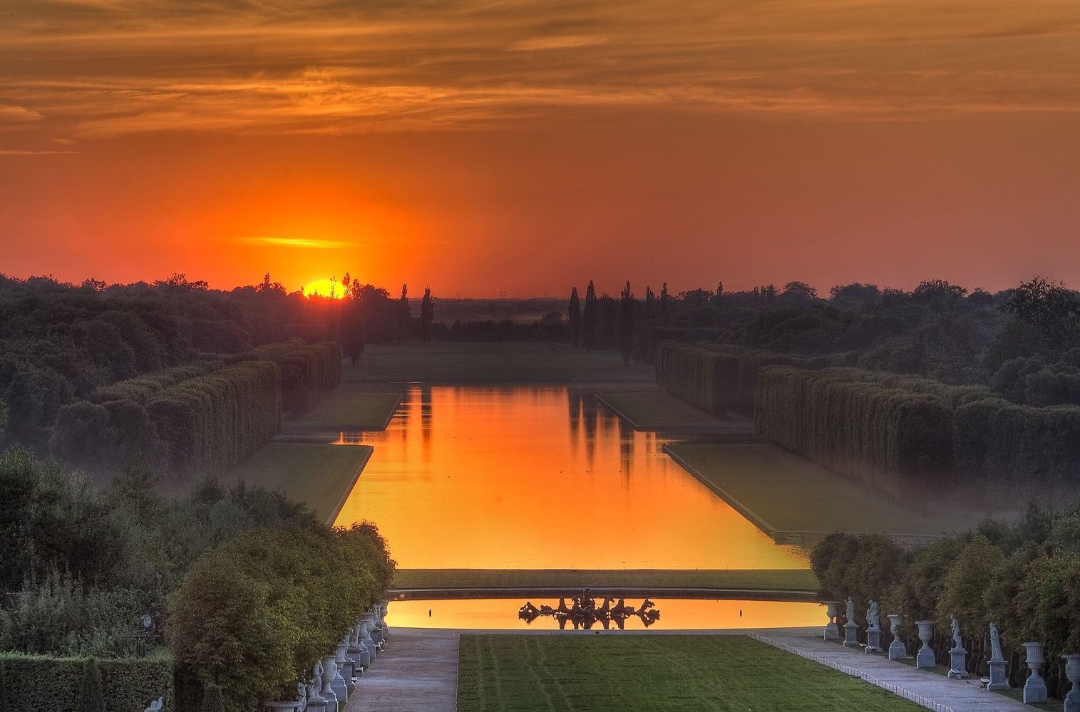 Le grand canal - Versailles - by Claude ROZIER-CHABERT