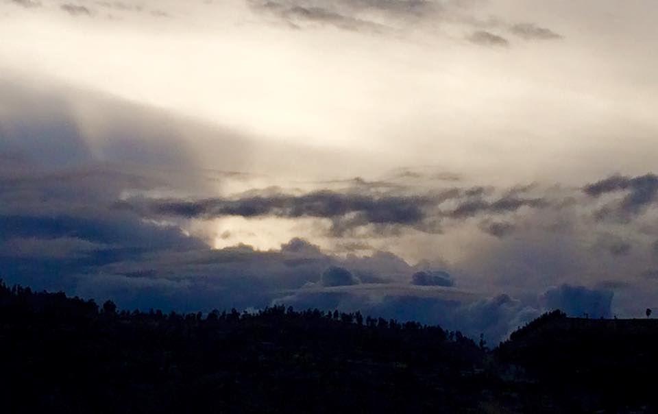 El Sol Que Duerme Entre Las Nubes Ayacucho Clouds Outdoor