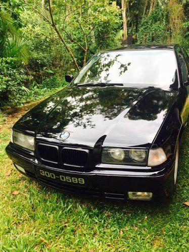 Car BMW E36 For Sale Sri lanka Full option4th owner Black and