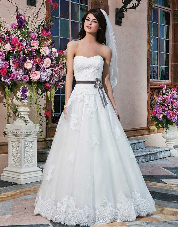 Sincerity Bridal 3832