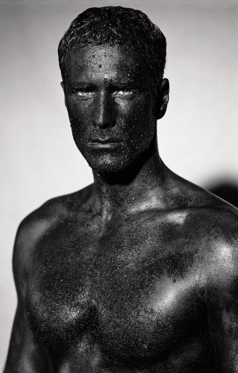 raoul bova. This looks like the bust of 'Brutus' in the Capitoline Museum