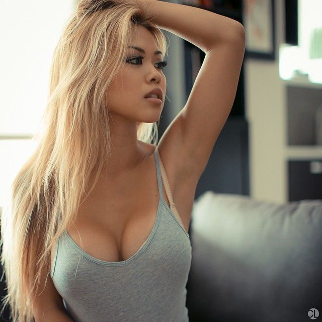 Sexy blonde asian girls