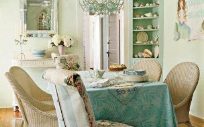 Lovely shabby chic diningroom