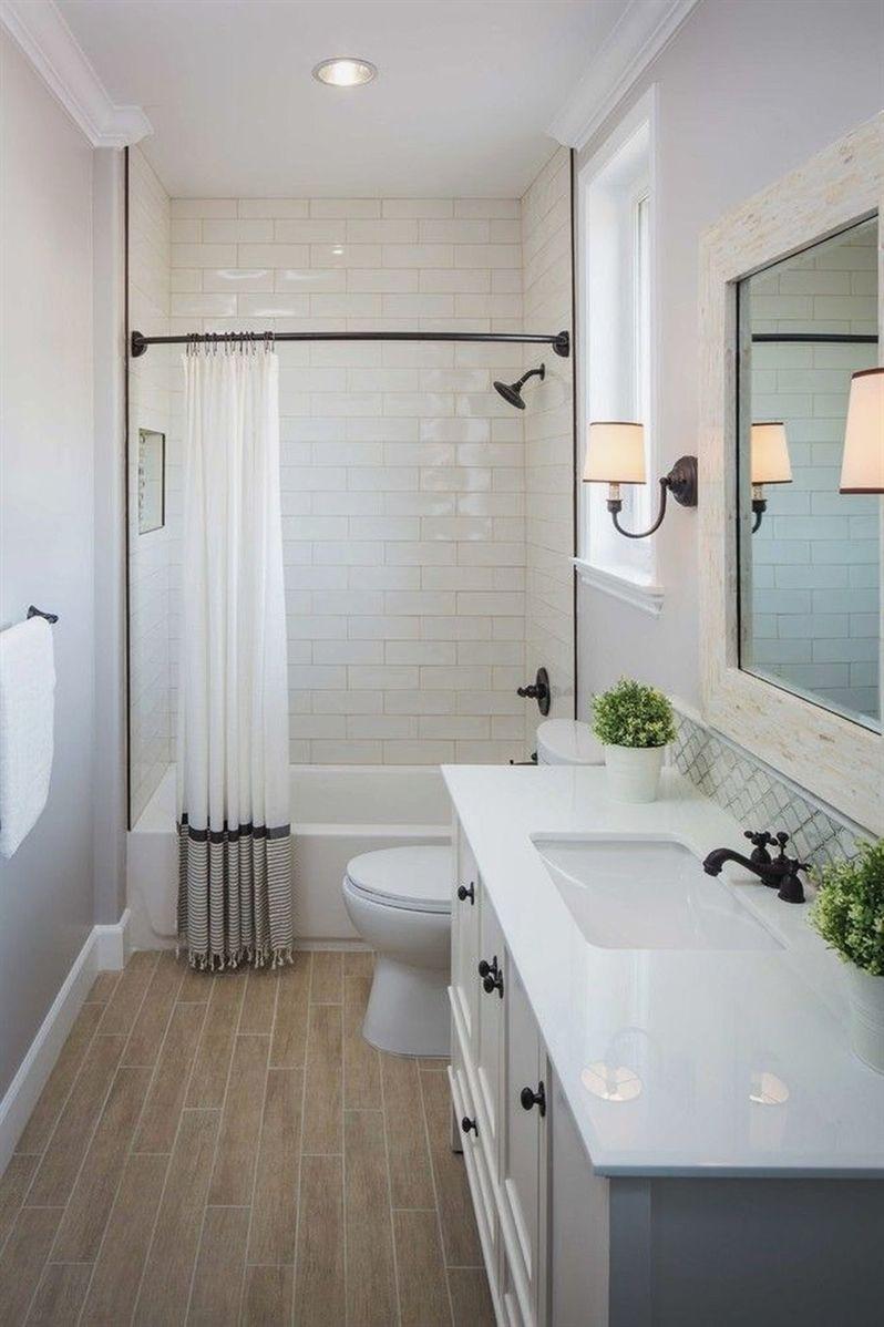 Best Small Master Bathroom Remodel Ideas 08 Remodelingbathroomideas Small Bathroom Makeover Bathroom Tub Shower Combo Bathroom Remodel Master