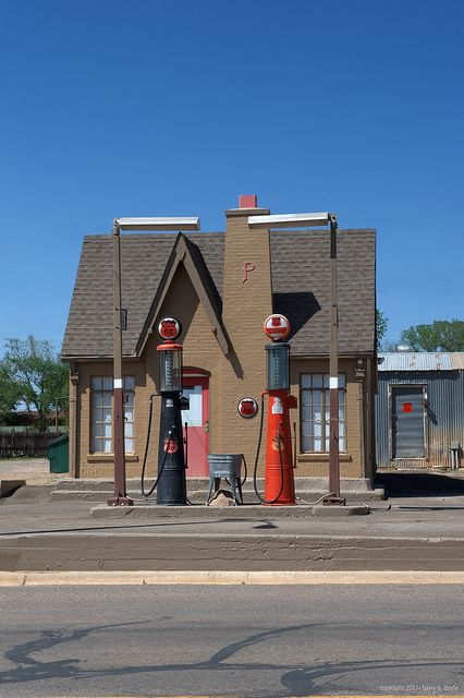 Old Time Phillips 66 Gas Station Old Gas Stations