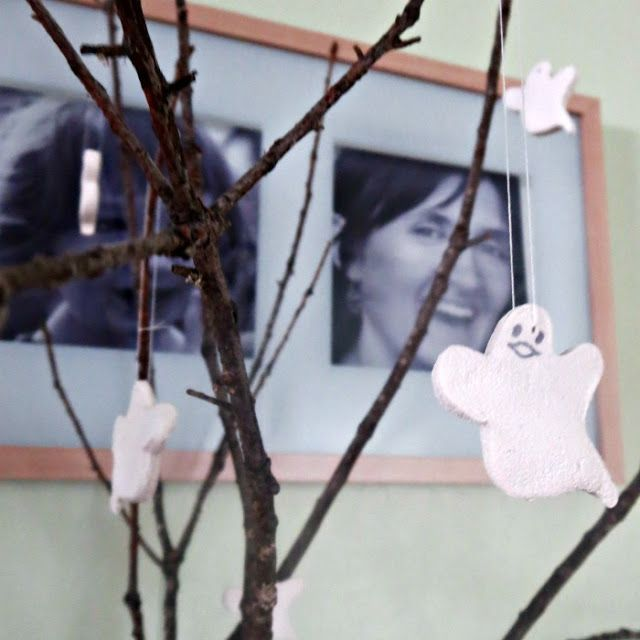 DIY Halloween Room Decorations images