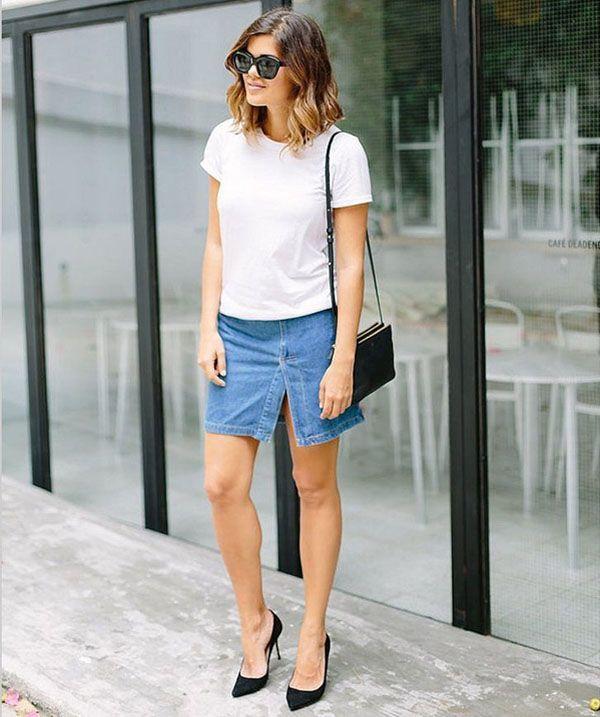 minissaia-jeans-fenda-t-shirt-branca-scarpin