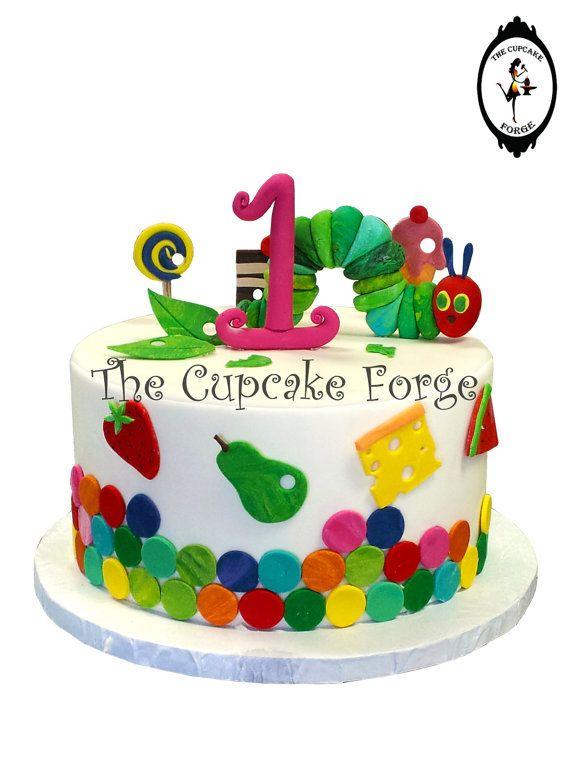 Cute Hand Made Colorful Caterpillar Complete Von Thecupcakeforge Kindertorte Kindergeburtstagstorte Geburtstagstorte