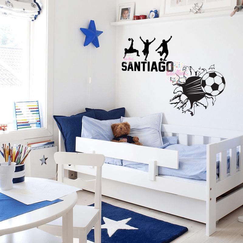 Vinilo decorativo infantil pelota de futbol rompe pared con silueta de jugadores y nombre cdm - Vinilos para cuartos infantiles ...