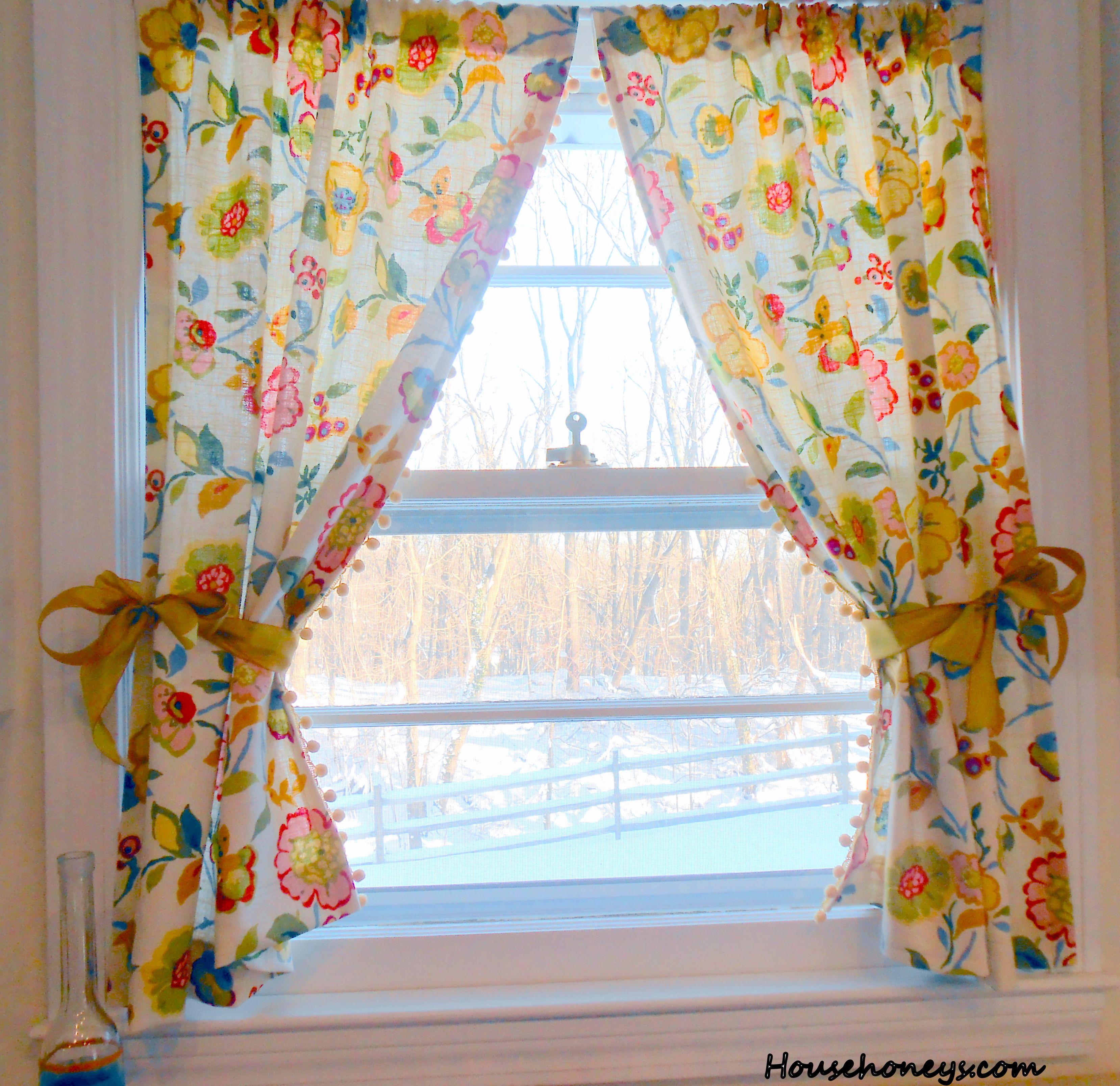 Great Vintage Pom Pom Curtains